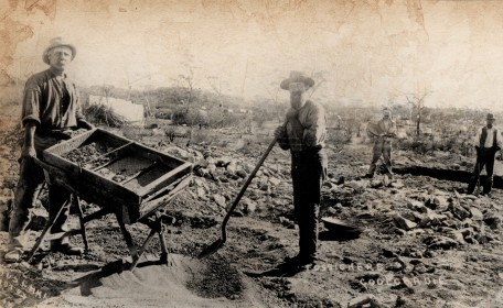 History - prospectors dryblowing